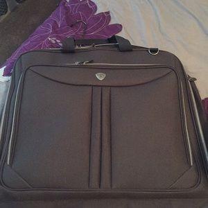 Garment luggage bag